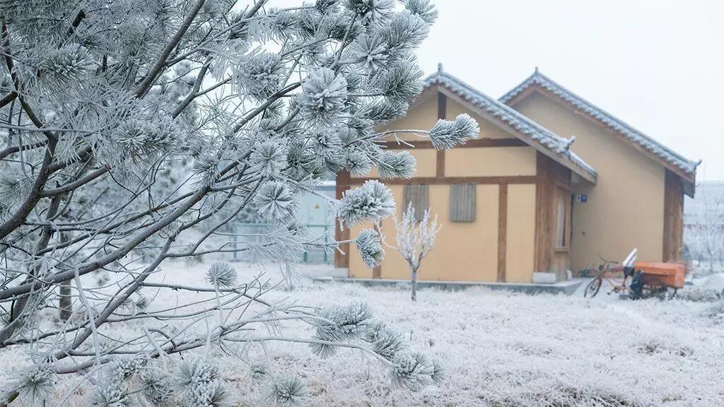 雪中的水泊梁山 风景美如画