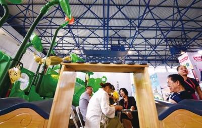 山东孔娃博览会上成爆款 在京揽下千万订单