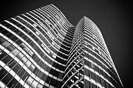 楼市年中考 上半年新房成交创新低 下半年楼市有望逆袭