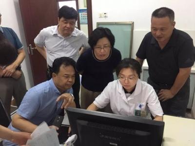 千赢娱乐市第一人民医院副院长郭洪敏到阜桥街道调研