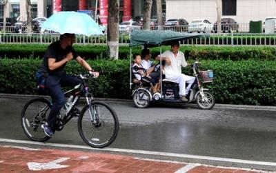 """台风""""温比亚""""影响山东 连下三天雨局部大暴雨"""