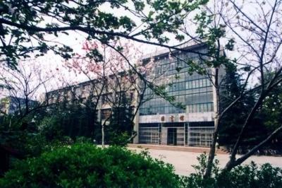 中国大学校区数量排行  有的大学校区数量多达12个!
