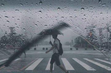 千赢娱乐发布暴雨黄色预警 局部大暴雨+7级阵风