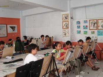 """15天补习开销近万元 暑期培训为何依然""""热"""""""