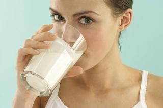 牛奶都是防腐剂?喝奶就是喝毒药?真相来了