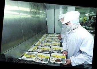 中国铁路总公司:9月29日起停止使用常温链盒饭