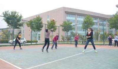 济宁市第一人民医院成功举办2018年职工排球比赛