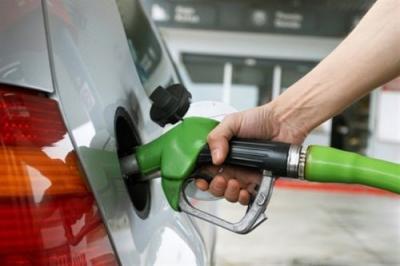 周六成品油将大幅降价 或再次刷新年内跌幅纪录