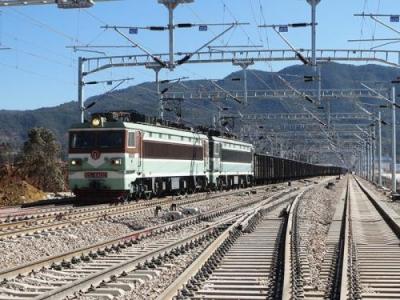 任城区划定境内新兖铁路线路安全保护区