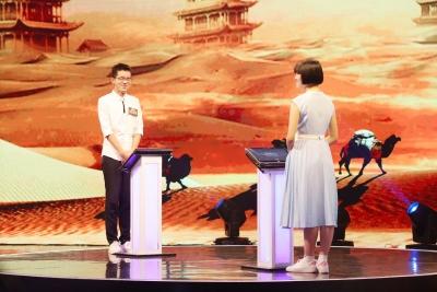 """《国学小名士2》张益铭获封""""少女杀手"""",对战白婉琳又将上演""""辣手摧花""""?"""