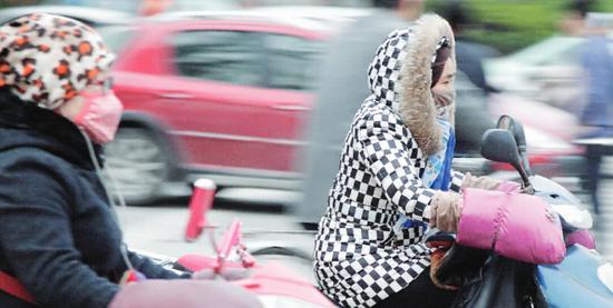 【天气早知道】乐虎游戏官网今日早晚温差较大 注意增加衣物 谨防感冒