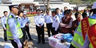 国庆168小时▏龙8交警的国庆节是这样度过的!
