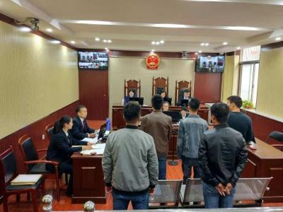 龙8南张检察室同庭公诉了五起危险驾驶轻微刑事案件