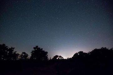 北金牛座流星雨12日迎来极大 公众可于当晚进行观测