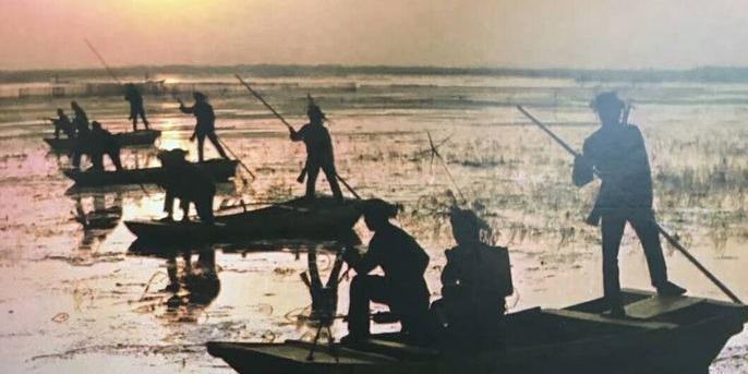《微山湖记忆——聂志泉军旅摄影作品选》出版发行