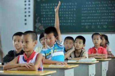 """陪写作业是道""""送命题""""?""""致未来亲家书""""背后的教育焦虑"""
