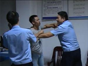 梁山:男子酒后耍流氓,出手伤人终被抓