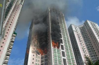高层建筑发生火灾时,该如何逃生?收好这个救命帖!
