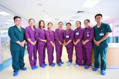 龙8市第一人民医院新生儿病房:用医术和爱心呵护幼小生命