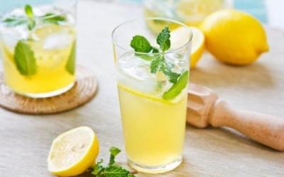 柠檬水白天不能喝?放心喝