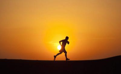 人民网评:奔跑2019,我们都是追梦人