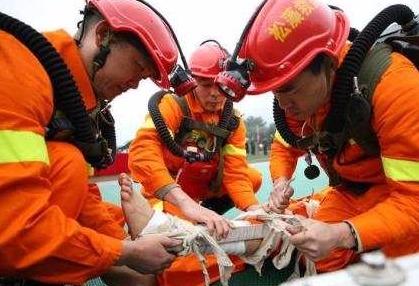 中国首批消防员将要开始招录啦!面向社会招1.8万人