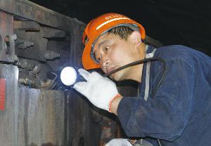 """济二矿这位""""煤机大师"""",曾将维修实效提高5.5小时"""