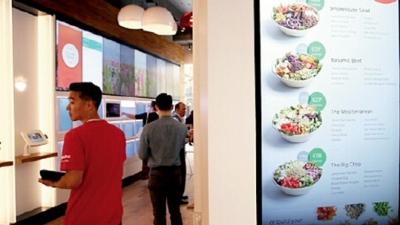 中国铁路首家智能无人餐厅开门 26秒感受舌尖上的幸福