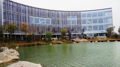 六合图库科技中心春节假期迎来客流高峰,2天游客7000余人次