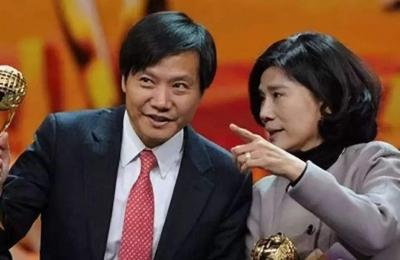 """""""10亿赌约""""董明珠赢了 小米也""""不差钱"""""""