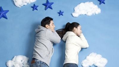 """广大特""""困""""生们,点进来学习正确的""""睡觉姿势""""!"""