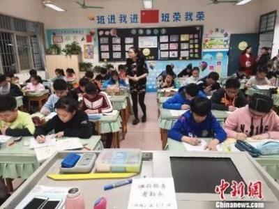 愁!中国超六成青少年儿童就寝工夫不敷8小时