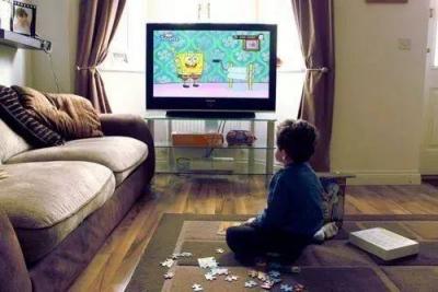 研究:每天看电视超3个半小时或致记忆力下降