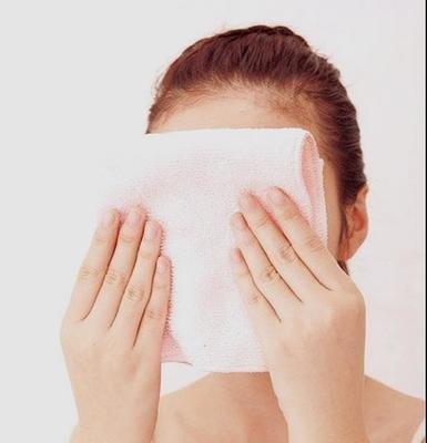 使用收敛水毛孔会变小? 专家盘点最坑的护肤谣言
