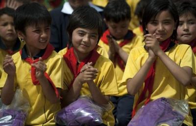 倡议|济宁市开展向新疆英吉沙县中小学捐书活动