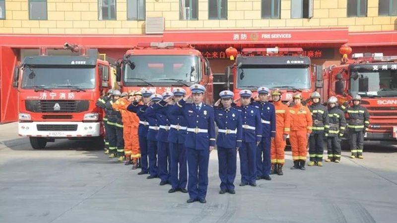 视频 | 烈火雄心的背后,济宁消防员真实的一天
