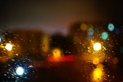 必威betway昨夜這場雨下了13.7毫米 雷電黃色預警解除