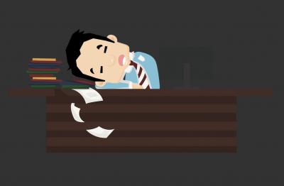 午休趴着睡,健康闪红灯了!