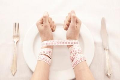 别以为吃很少就能瘦 教你一种不必挨饿的减肥法