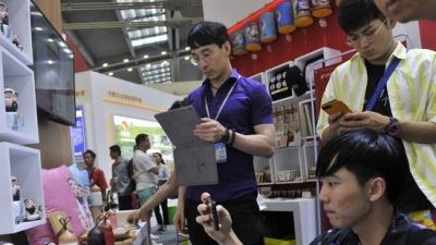 深圳文博会上,山东展区两天现场合同额2.3亿