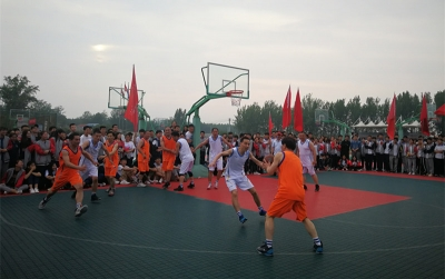 放飞梦想,助力高考 北大培文济宁二中举行教师篮球友谊赛