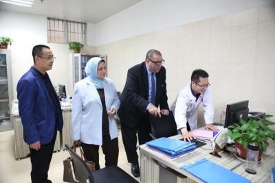 埃及阿勒旺大学医学院院长马姆杜教授一行到市精防院访问交流