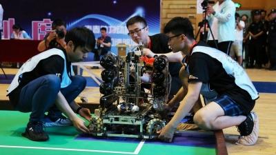 山东省大学生机器人大赛在邹城闭幕 济宁职业技术学院获一等奖