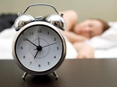 一天到底該睡多少?研究稱少于7小時或超9小時影響記憶