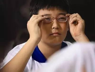 全国爱眼日丨先选框再选镜片?戴眼镜误区知多少