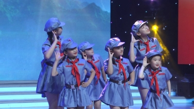 大型少儿系列红色电影《红色专列》小演员选拔活动在济宁广播电视台演播大厅举行