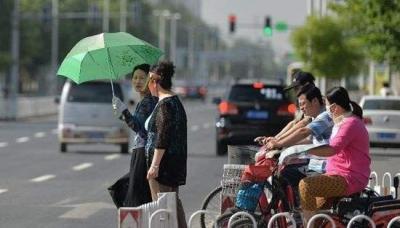预警!39℃高温+雨+大风 提醒您注意出行安全!