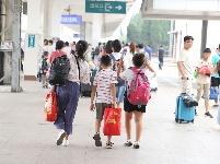 2019暑运,济宁站迎来首个客流小高峰
