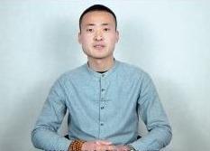 """""""一个人""""的摄制组:梁山导演刘淑伟匠心浇筑农村题材电影"""