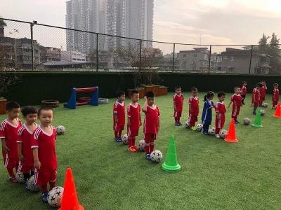 教育部:今年将建3000余所足球特色幼儿园